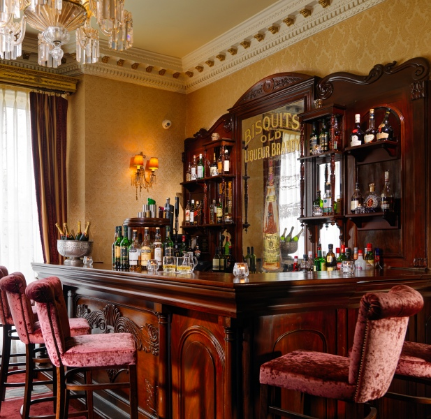 glenlo abbey palmer bar