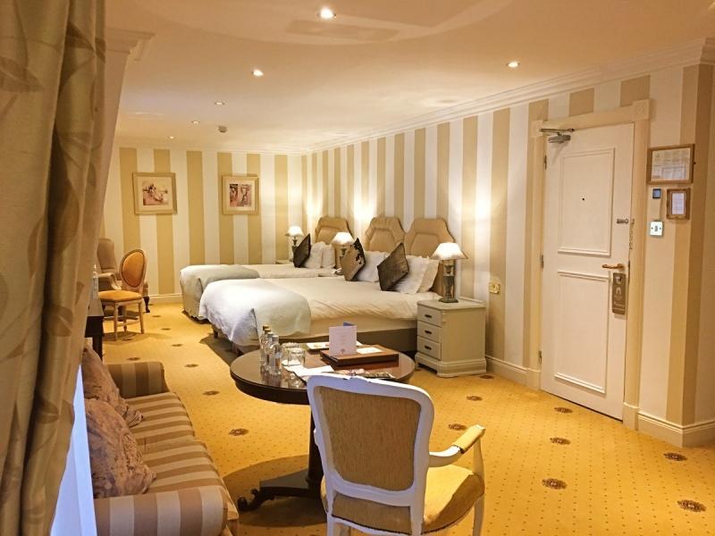 killarney royal bedroom