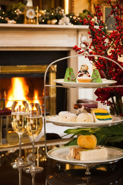 merrion hotel christmas afternoon tea cropped